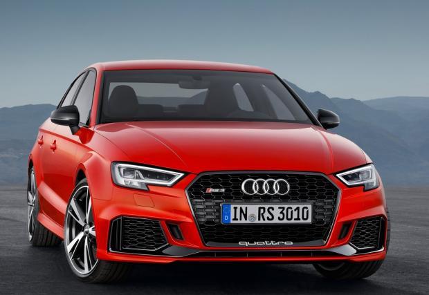 Люти чушки за Audi RS 3 Sedan: 2,5-литров 5-цилиндров мотор, 400 коня и 280 км/ч. Готин