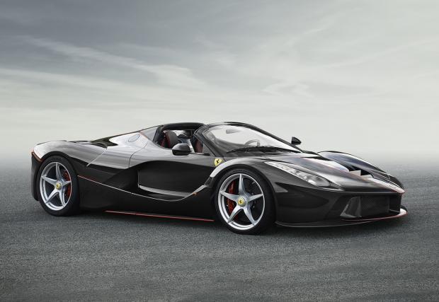 Ferrari направи един от най-мощните сешоари в света: LaFerrari Aperta с 963 коня и 350+ км/ч