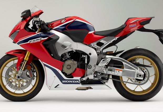 "Ултимативният пистов мотор на Honda: CBR1000RR Fireblade SP ни казва ""здрасти"""