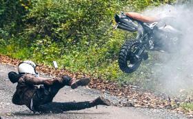 """Какво значи да """"прекантариш"""" или как да потрошиш мотоциклет за 15 хил. евро"""