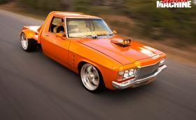 Оранжев и откачен: супер ютът Holden, с 6,6-литров V8 и ненормална конструкцията. Галерия