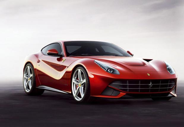 7. Ferrari F12berlinetta – 740 коня. Разположен отпред 6,3-литров V12 атмосферен (о, да!) мотор и 8,5 секунди за спринт от 0-200 км/ч. До сто скача за 3,1 сек, а спира да ускорява при 340 км/ч. Триста и четиридесет е добро число, а предаването е задно. Кл