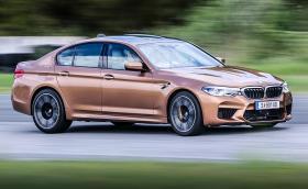 Карахме новото мощно 600 коня BMW M5 на пистата в Серес. Галерия и впечатленията ни