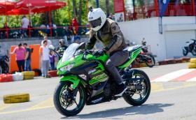 Карахме новото Kawasaki Ninja 400 и KTM 790 Duke