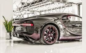 Bugatti Chiron, Ducati Panigale R и още 14 експоната в страхотна фотоизложба!