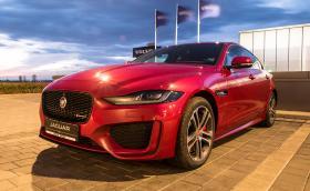 Карахме новия Jaguar XE