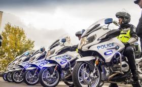 60 чисто нови мотоциклета BMW за столичната полиция. Моделите са два, R 1200 RT и F 700 GS