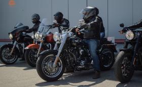 Harley-Davidson Sofia стовари ТИР с цялата гама на марката. Нямаше как да откажем да покараме