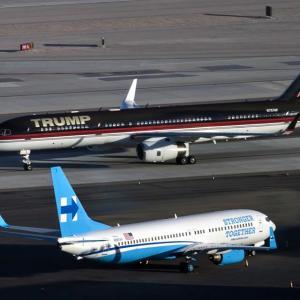Какво ли си казват? Самолетите на Хилъри и Тръмп | DizzyRiders.bg