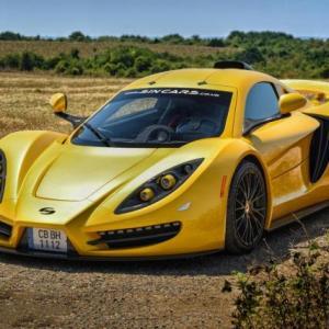 Това е Sin R1 550, карбонова русенска кола със 7-литров V8 с 550 коня и ръчни скорости. Браво на Росен Даскалов! | DizzyRiders.bg