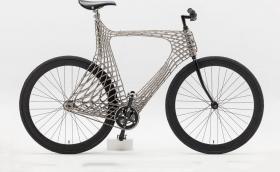 Това е първото в света принтирано от стомана колело. Създателите му се готвят да принтират и... мост
