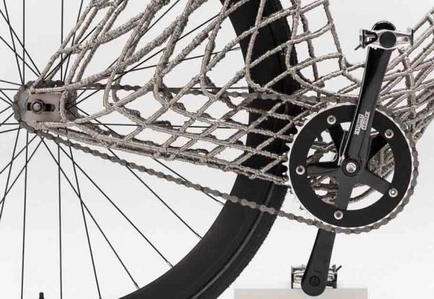 Първото в света принтирано от стомана колело. Галерия