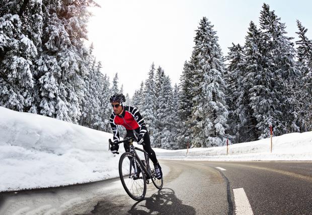 9 съвета как да карате комфортно велосипед в студено и влажно време