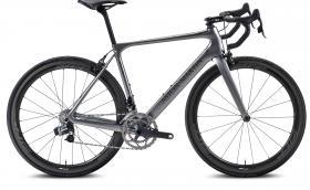 Най-лекият Aston Martin тежи 5,9 кг и е велосипед. Казва се Storck Fascenario.3, рамката е 770 грама