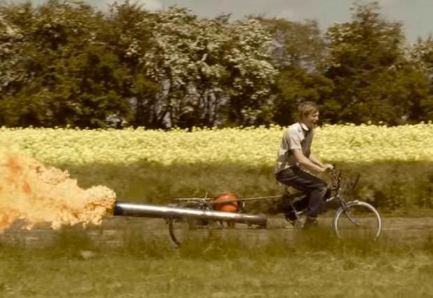 Най-опасният велосипед в света! При това реактивен...Видео